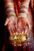Indiase henna handen foto