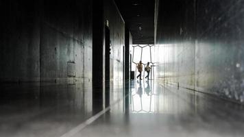 passagiers in nationaal muziekconferentiecentrum ijsland foto