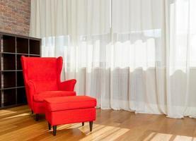 rode fauteuil - stok afbeelding foto