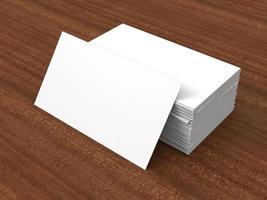 blanco visitekaartjes in witte stapel foto