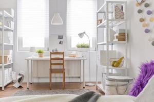 ruime kamer voor tiener foto