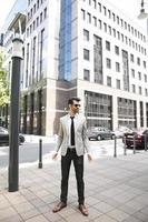 jonge moderne zakenman foto