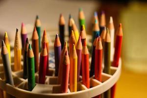 kleurrijke houten potloden set - stock beeld foto
