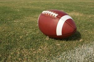 Amerikaans voetbal op het gras