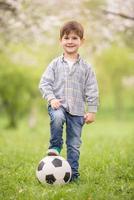 kleine voetballer foto