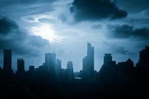 moderne stad bij zonsopgang, de horizon van shanghai foto