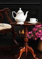 afternoon tea bij de open haard foto