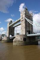 Tower Bridge in Londen foto