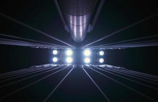 verlichte brugpijlers