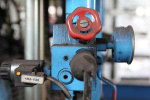 kleppen voor de controle en toevoer van vloeistoffen foto