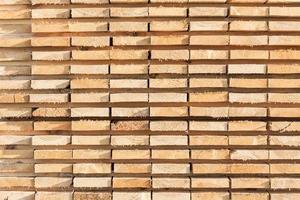 gestapelde hout achtergrond foto