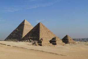 sterven pyramiden en sphinx von gizeh in ägypten foto