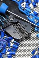 gereedschap voor krimpers en accessoires voor elektriciens foto