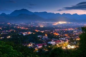 gezichtspunt bij luang prabang, laos foto
