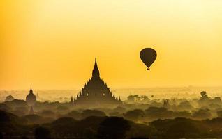bagan Birma foto