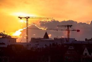 zonsondergang in Keulen, Duitsland foto