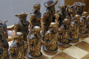 schaakfiguren aan boord foto