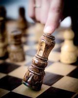 koning schaakfiguur valt foto