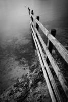 het einde van een hek bij Rivington Reservoir.