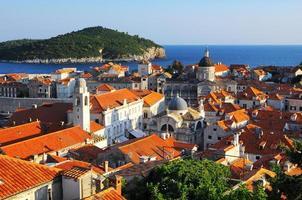 panorama van dubrovnik vanaf de stadsmuren, kroatië