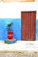 historisch blauw in stijl afrika vaas pottenbakker foto