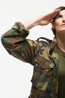 portret van een vrouwelijke soldaat foto