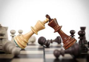 koningen schaak duel foto