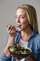 er gaat niets boven een frisse salade! foto