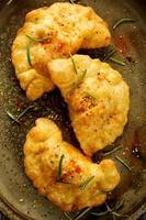 pittige gefrituurde dumplings foto