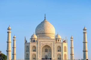 Taj Mahal, blauwe lucht, reis naar India foto