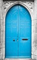 blauwe deur foto