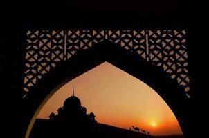 moskee tijdens de ramadan maand foto