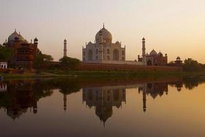 Taj Mahal bij zonsondergang foto