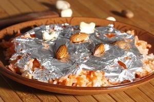 thahiri is een zoet gerecht op basis van rijst foto