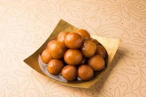 Indiase dessert gulab jamun foto