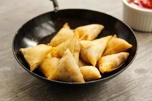samosa Indiase groentesnack foto