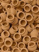 kleine aarden vaten, kruiken, aarden potten foto
