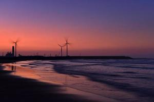energie opwekkende windmolens foto