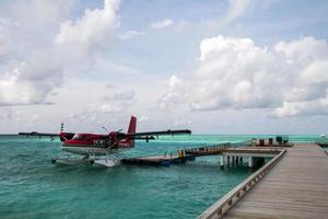 watervliegtuig bij het dok