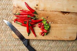 rode chili gesneden dia Thaise traditionele manier van koken keuken