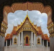 marmeren tempel in bangkok (wat benchamabophit)