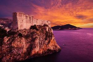 fort van st. lawrence (fort lovrjenac) in dubrovnik, kroatië foto