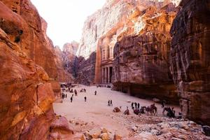schatkist. oude stad van petra, jordanië foto