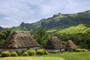 traditionele huizen van navala dorp, viti levu, fiji
