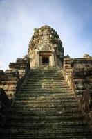 oude tempel in angkor wat, cambodja