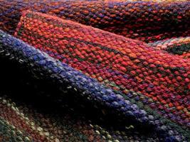 met de hand weven van wol foto