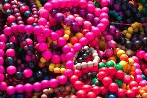 kleurrijke ketting pil foto