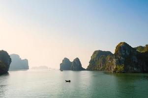 ha lange baai vietnam foto