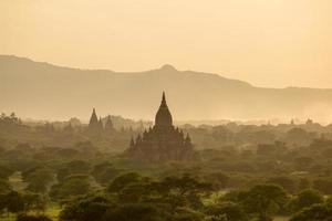 tempels in bagan, myanmar foto
