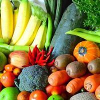 tropische groenten en fruit foto